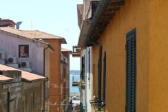 Rif. 9a – Orbetello Centro Storico – Appartamento con balcone